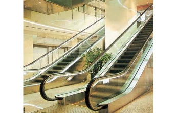 自动人行道扶梯
